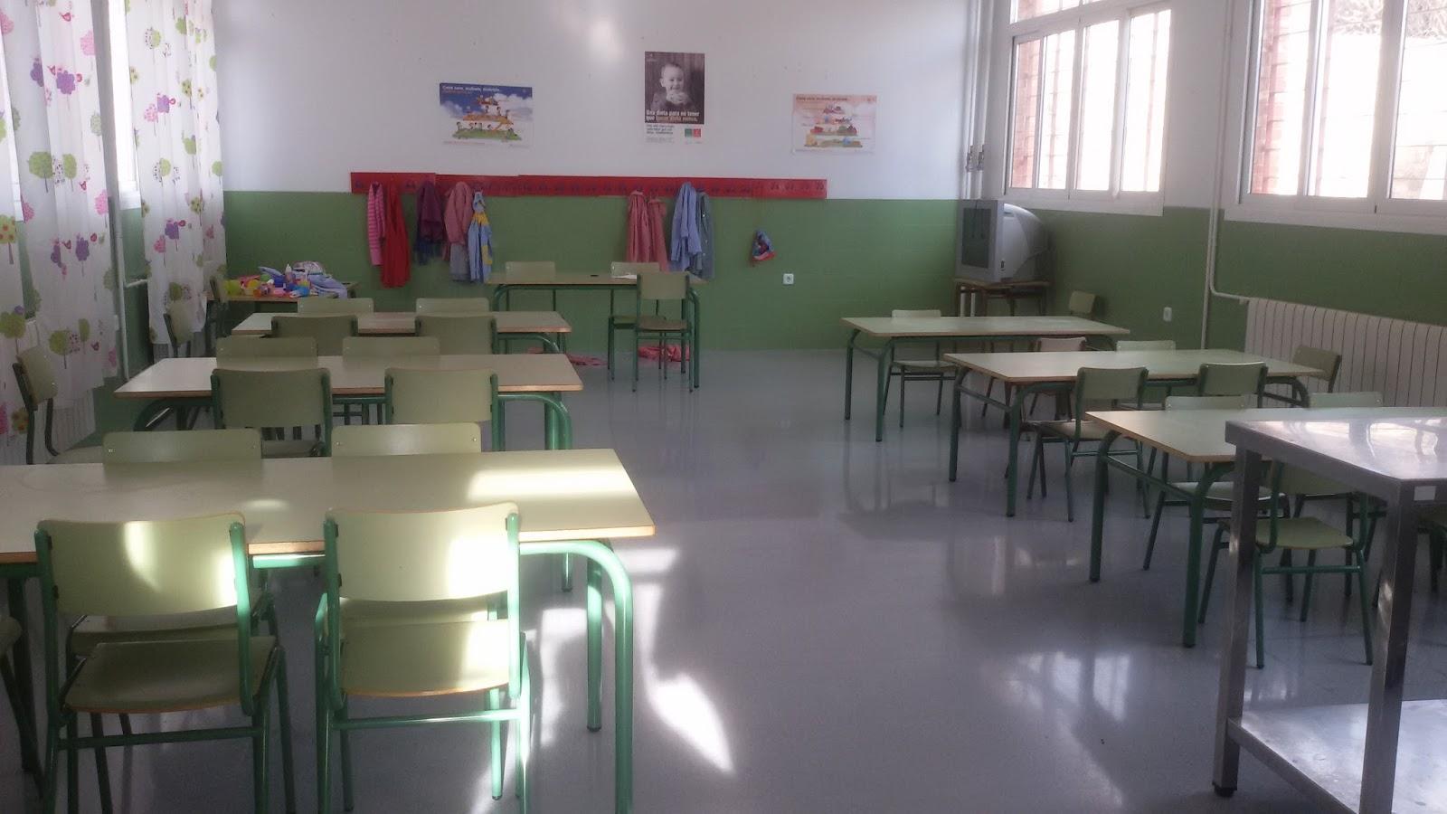 C e i p juan xxiii las lumbreras monteagudo servicio de for Mobiliario comedor escolar