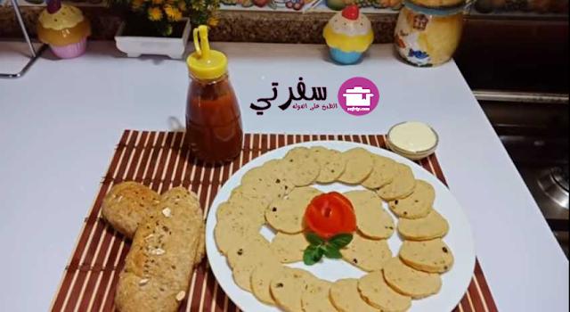 الللانشون البيتي فاطمه ابو حاتي
