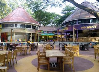 Ruang outdoor di Sengkaling Food Festival