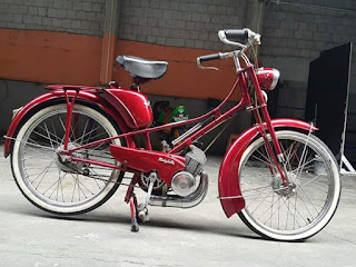 Motor sepeda antik Mobylette 1951 35000K atau 35 Juta...khusus kolektor