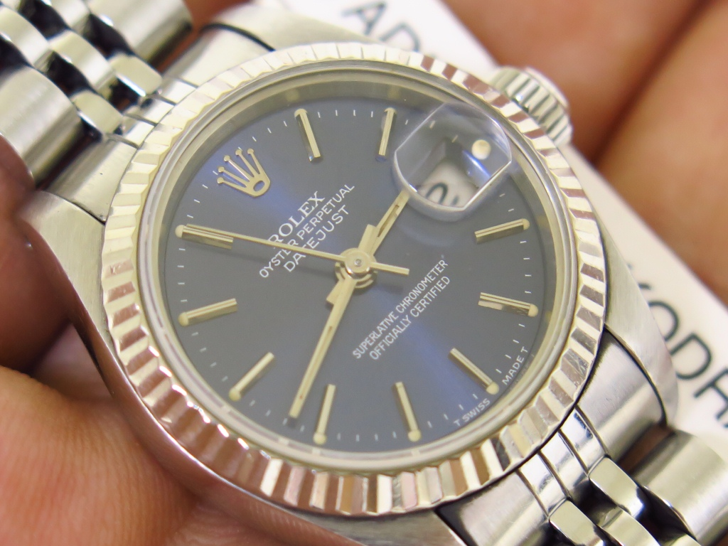 ROLEX OYSTER PERPETUAL LADY DATEJUST SUNBURST BLUE DIAL 26mm - ROLEX 69174 - SERIAL E YEAR 1991