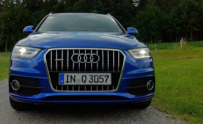 Audi Q3 Blue Wallpaper