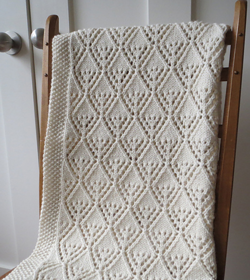 Cozy Luxe Baby Blanket - Free Knitting Pattern