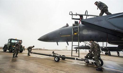 Angkatan Udara AS Kekurangan Pilot Pesawat Tempur, Apakah Anda Berminat