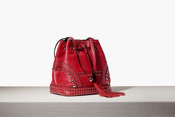 bbedc7b18e23 Prada Bucket Bags in soft calf are lined with leather, but they are not  created with the double technical construction.