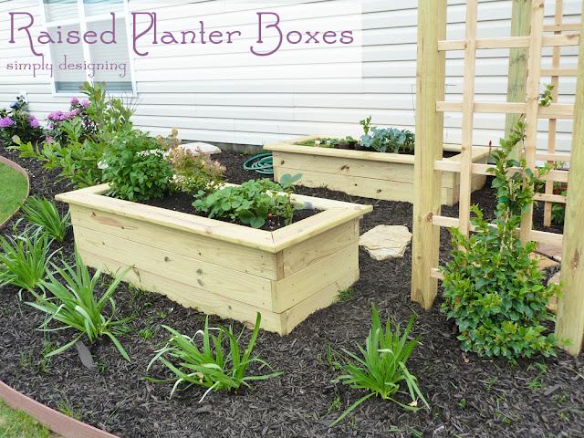 Raised Planter Boxes #gardening #spon #GroSomethingGreater