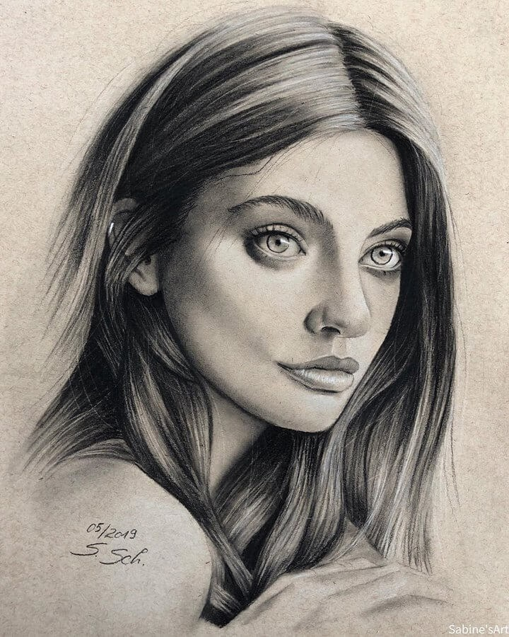 13-Melini-Martin-Sabine-S-Charcoal-Portraits-Realistic-Drawings-www-designstack-co