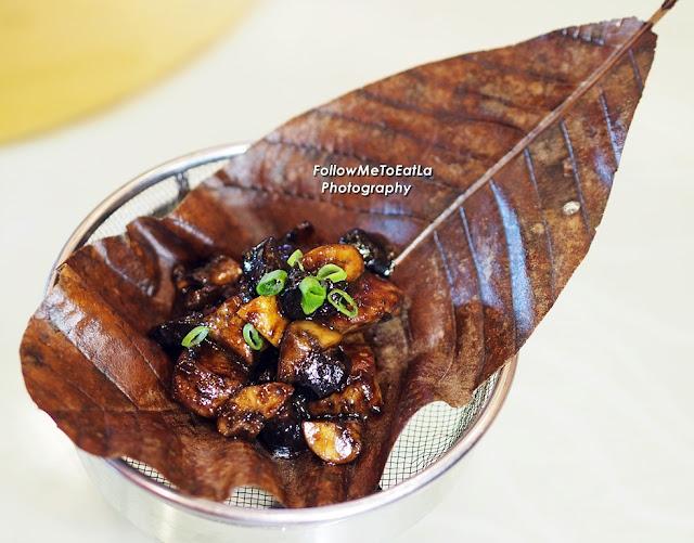 Pan Fried Lamb Cubes With Black Garlic Sauce on Hobba Leaf  RM 30 per pax