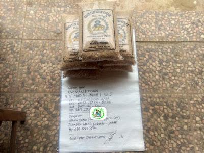 Benih padi yang dibeli    NYOMAN KRISNA Badung, Bali.  (Sebelum packing karung ).