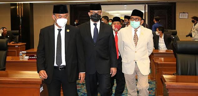 Gubernur Anies Rangkap Presidenkah? Presidennya Kemana Tak Mereka Bully