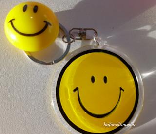 Buatlah orang lain tersenyum