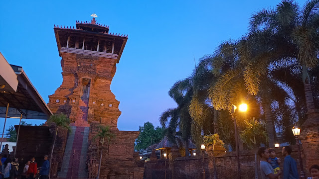 masjid menara kota kudus