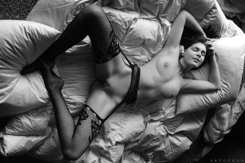 [ArtOfDan] Loiis - Bed Of Fantasies 1619030444_000031