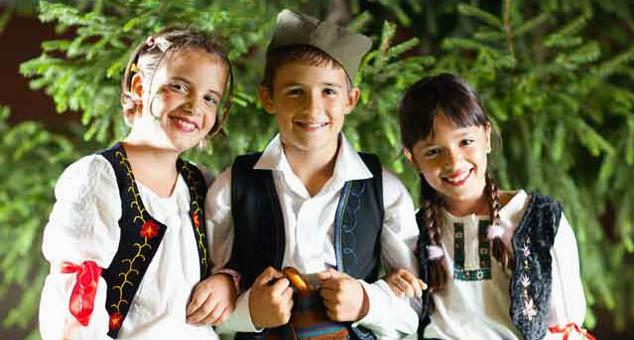 Важније је сачувати децу него их уписати у устaнoве где их иoнако уче погрешним стварима #DrJovanaStojković #Vakcinacija #Deca #Škola #Kosovo #Metohija #KMnovine #vesti