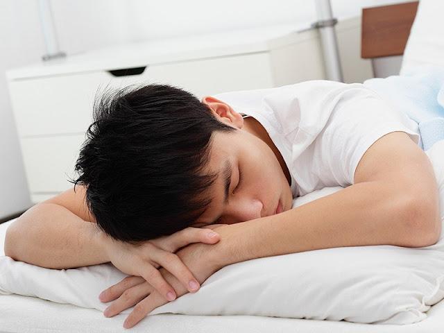 Nabi Melarang dan Allah Benci Kepada Orang yang Tidur Telungkup