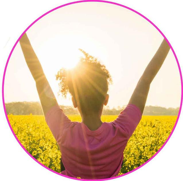 Hingga saat ini, lebih dari 500 penelitian mendukung fungsi peran vitamin D dalam kesehatan kekebalan tubuh. Hasil dari beberapa penelitian melaporkan bahwa vitamin D membantu dalam fungsi menjaga kenyamanan sendi dan otot, serta menjaga tubuh tetap sehat, dan mendukung kesehatan payudara, usus besar, dan prostat. Banyak multivitamin yang diformulasikan untuk wanita telah meningkatkan jumlah pemanfaatan vitamin D hingga setidaknya 800 IU.