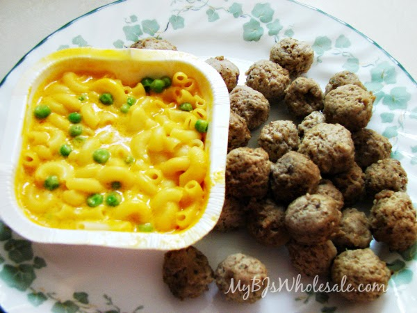 Mom Made Foods: Cheesy Mac + Italian Style Meatballs