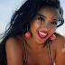 """Tinashe resgata seus crushes e o visual pop dos anos 90 no clipe de """"Superlove"""""""
