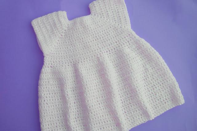 4 - Crochet Imagen Proyecto de abrigo a crochet y ganchillo Majovel Crochet bareta puntada punto sencillo facil DIY canesu manga