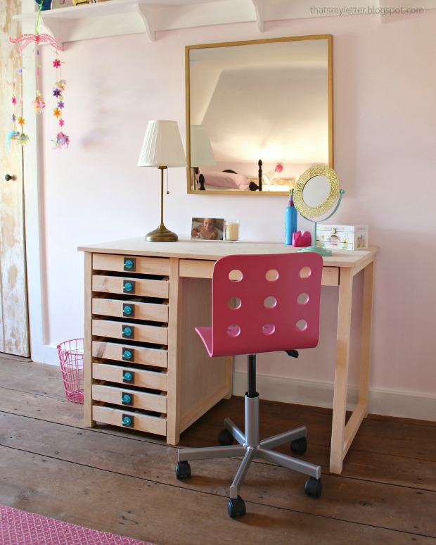 diy vanity desk with Simpson Strong-Tie hardware pulls