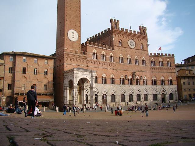 O que ver/fazer no Civic Museum em Siena