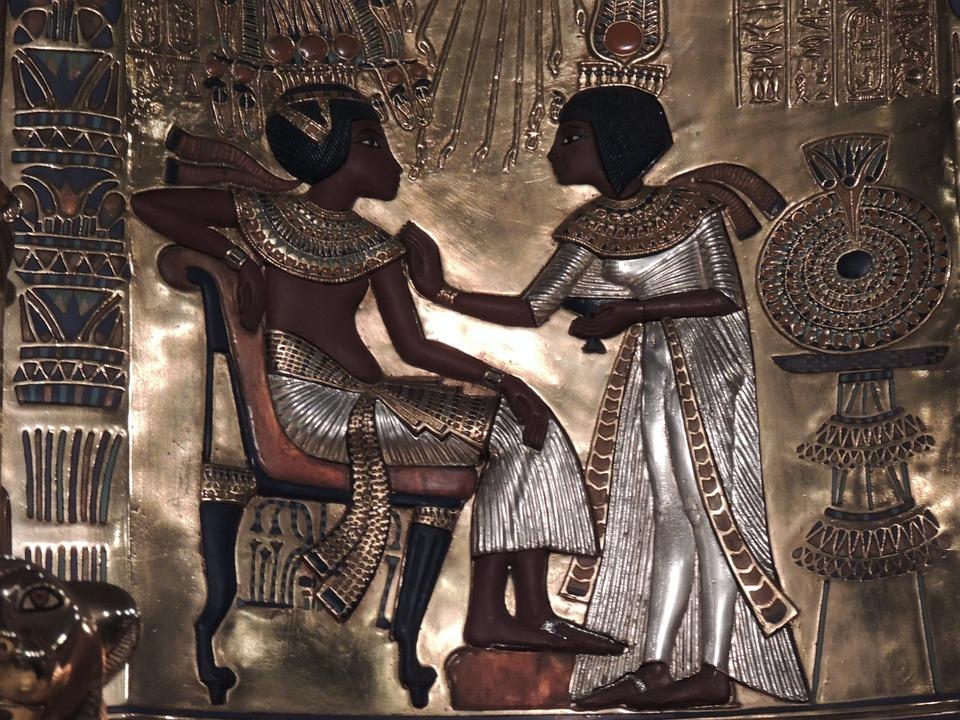 https://pixabay.com/pl/egipt-malarstwo-z%C5%82oto-egipcjanie-179772/