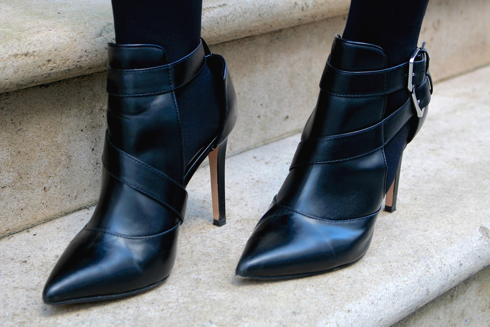 zara pointed cut out boots