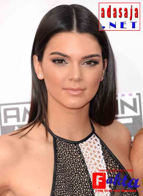 kendal Jenner artis cantik dengan jumlah follower terbanyak di dunia