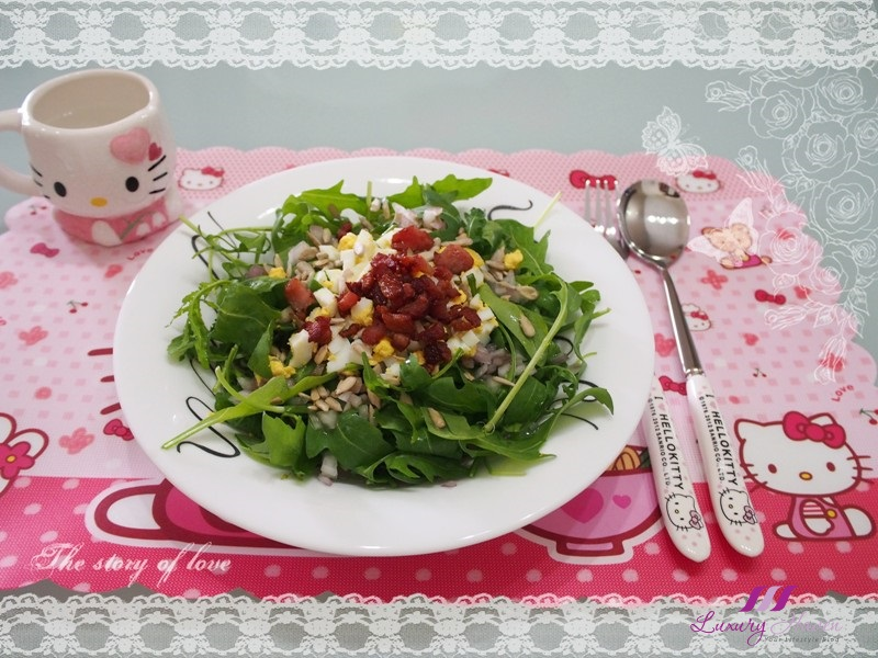 hello kitty placemat cute cutlery healthy salad