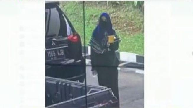 Terungkap! Ini Identitas Terduga Teroris Penyerang Mabes Polri
