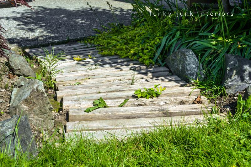 Pallet wood walkway all prettied up again - Funky Junk ...