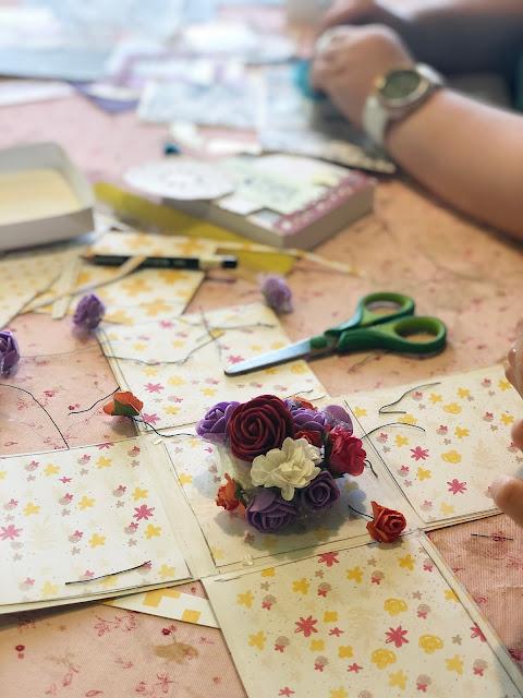 Warsztaty dla Dzieci Exploding Box z Kwiatami z okazji Dnia Babci i Dziadka