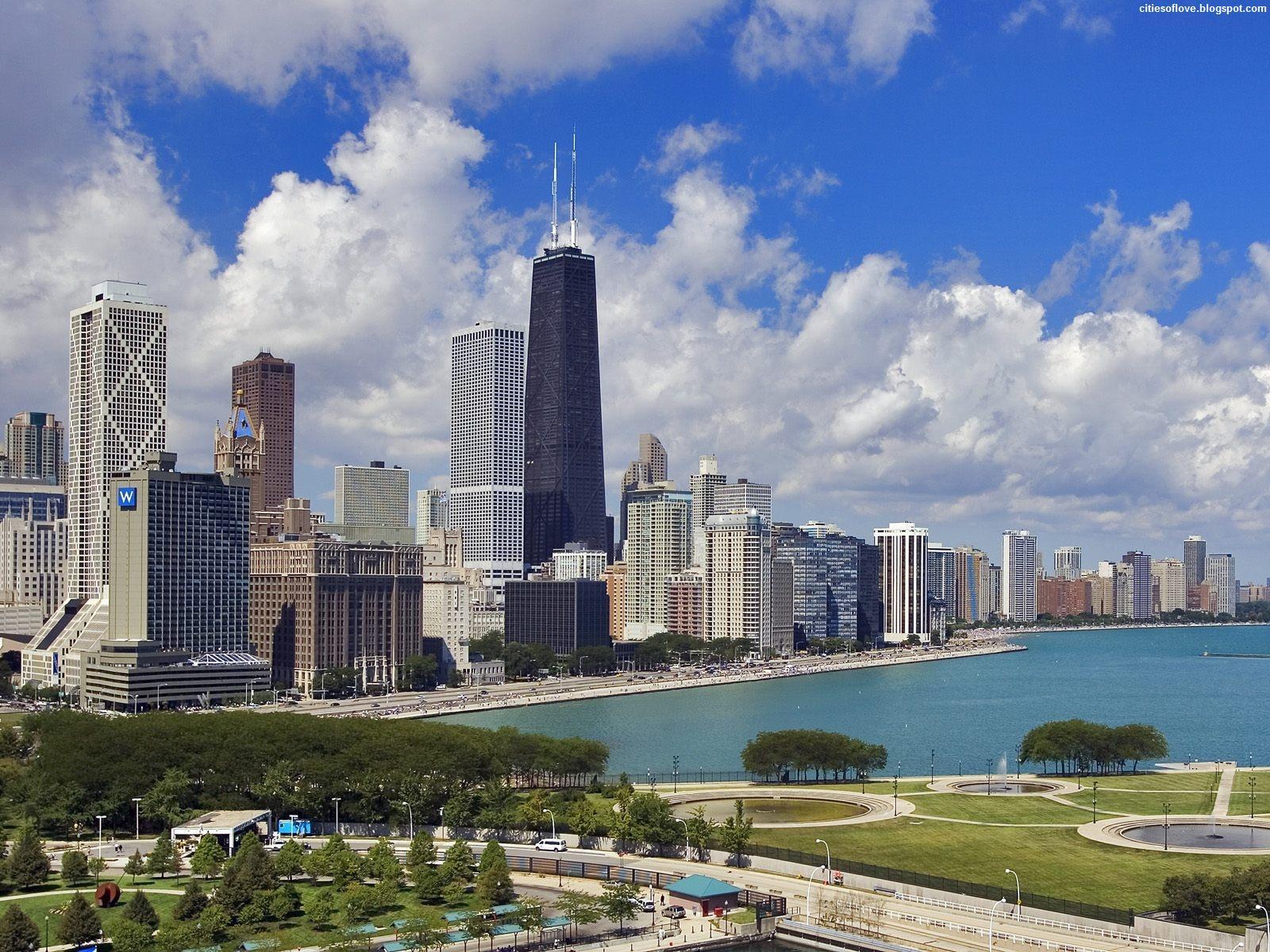 The Gold Coast Of Chicago Illinois Wonderful Atmosphere ...