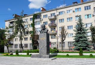 Житомир. Памятник Т. Г. Шевченко