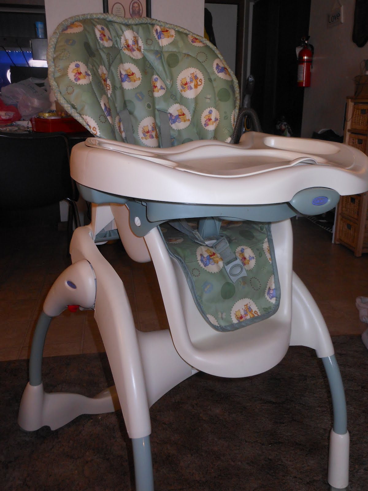 Graco Pooh High Chair Safety 1st Winnie The Pooh Serve 39 N 39 Store