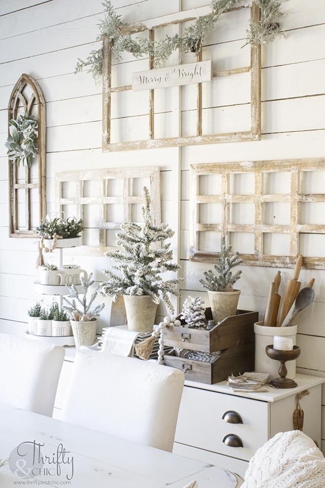 cozy christmas  dining room decor and  decorating ideas. Wood and white christmas decor. Farmhouse dining room Christmas. Christmas dining room buffet decor