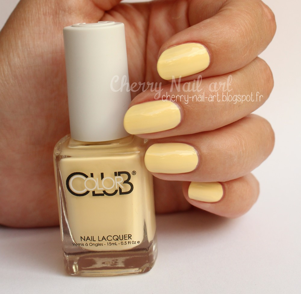 vernis color club 1036 Macaroon swoon collection paris in love