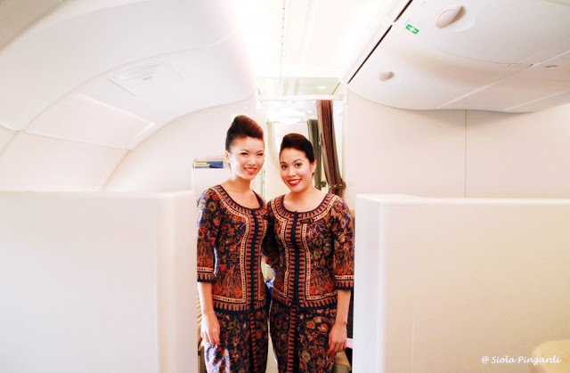 Fakta dibalik Baju Seragam Pramugari Singapore Airlines, Tertua di Dunia