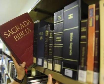 Lei que obriga escolas a ter Bíblia é inconstitucional, decide STF.
