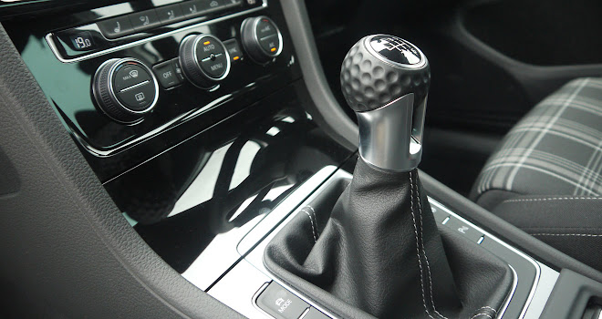 VW Golf GTD 7.5 gearstick