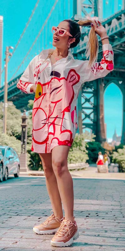 23 Picture-Perfect Vacation Outfits for best Summer Break. Summer Outfit Ideas via higiggle.com - shirt dress - #summeroutfits #vacation #beachoutfits #dress