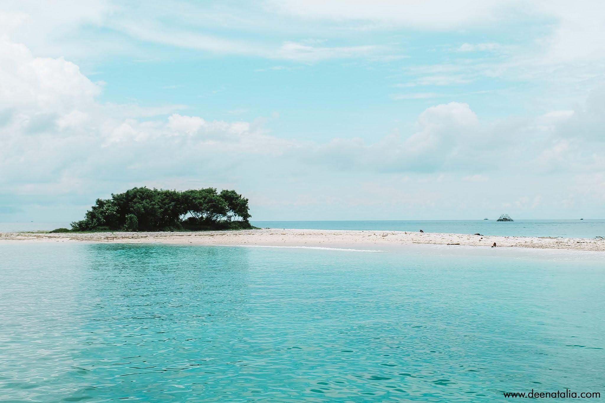 Pulau Handeleum Ujung Kulon