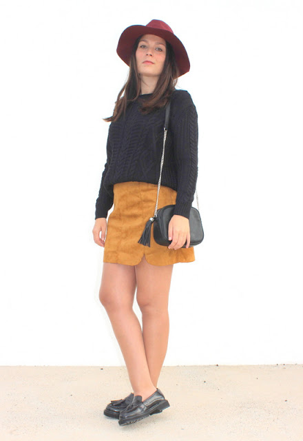 Brow_Suede_Skirt_and_Sweeter_Overseas_The_Pink_Graff_01