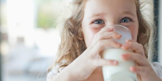 Alergi Minum Susu Apa Bisa Hilang Sendiri?