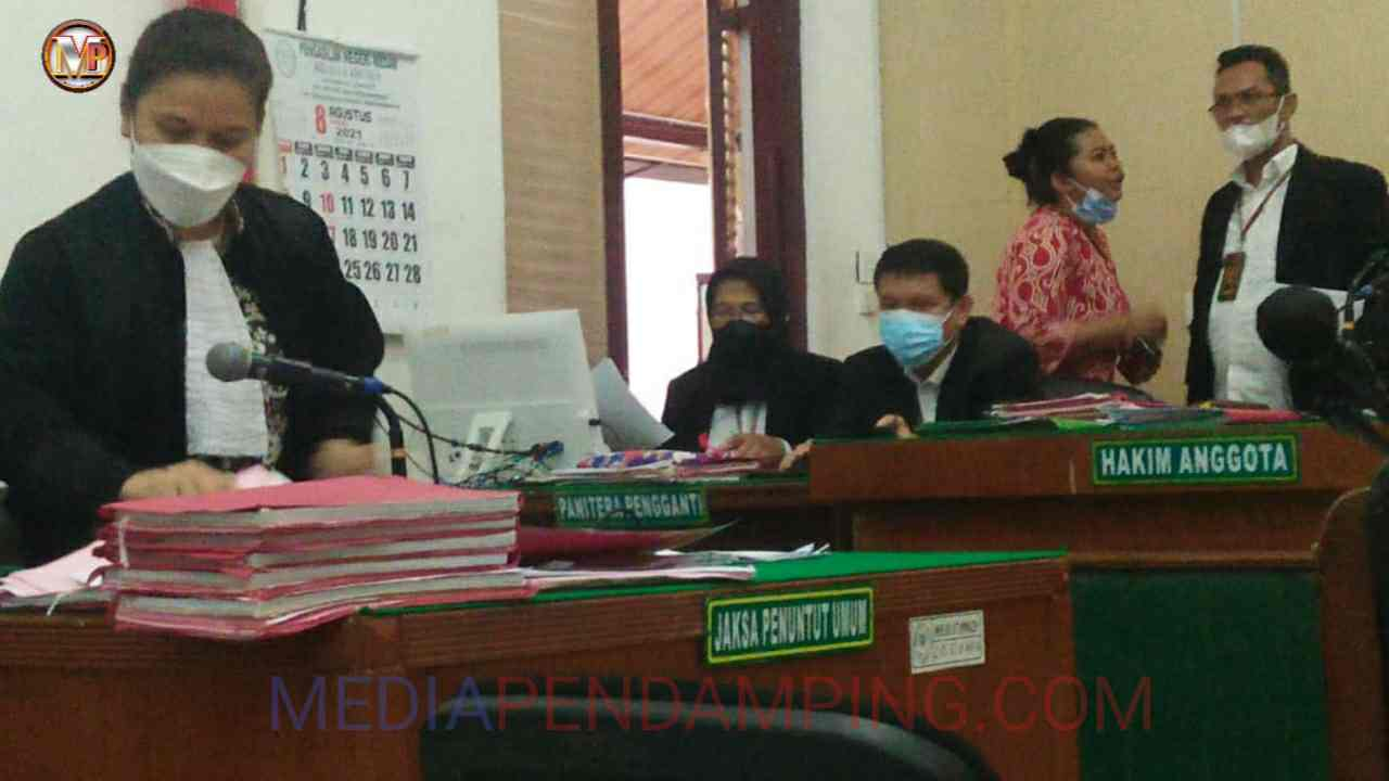 Jual Sabu 30 Gram, Dua Warga Tebingtinggi Dituntut Masing-masing 9 Tahun Penjara