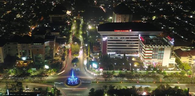 Jl. Pahlawan, Tempat Nongkrong Sore di Semarang