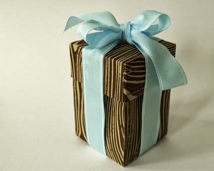 http://www.craftstylish.com/item/47251/how-to-make-my-very-favorite-box-of-all-time