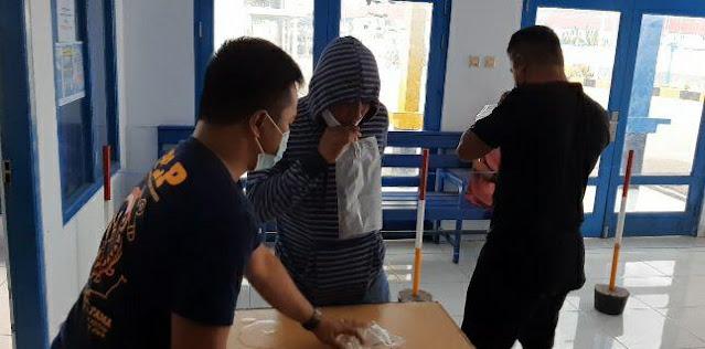 Hasan Sadili Resmi Terapkan GeNose C19 di Pelabuhan Saumlaki
