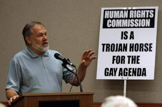 Scott Lively: Trump Must Ban Gays From Intelligence Agencies Because They're Conspiring Against Him   Right WingWatch