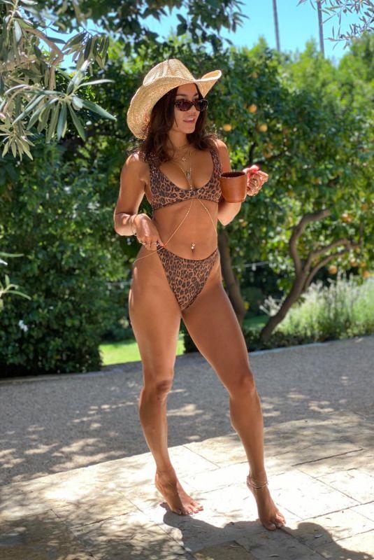 Vanessa Hudgens in Bikini – Instagram photo 12 Aug -2020